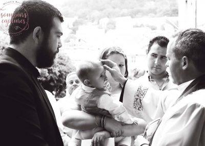 Photo baptême noir et blanc