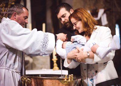 Photo baptême nouveau né